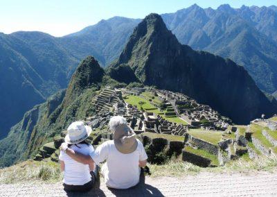 Mercedes y Gabriel en Machu Pichu, Perú