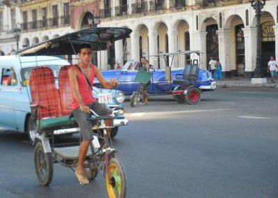 Pelu en su viaje a Cuba