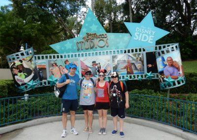 Silvia y su familia en Disney